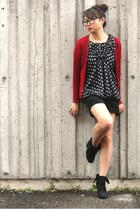 black top - ruby red cardigan