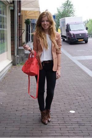 vintage shoes - Zara jeans - vintage blazer - Primark bag