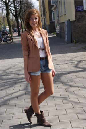 dark brown Zara boots - hot pink vintage blazer - blue levis vintage shorts - of