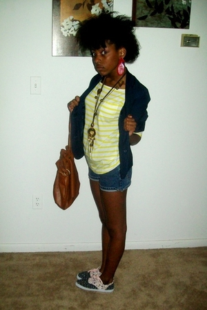 H&M shirt - H&M shoes - Forever21 purse - Forever21 necklace