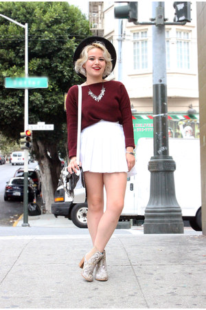 maroon sweater Zara sweater - white tennis American Apparel shirt