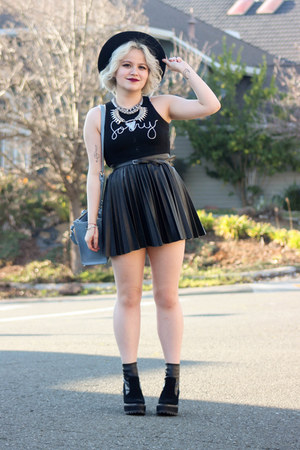Nasty Gal top - H&M skirt