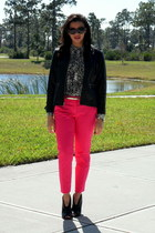 Hot pink pants in the fall!
