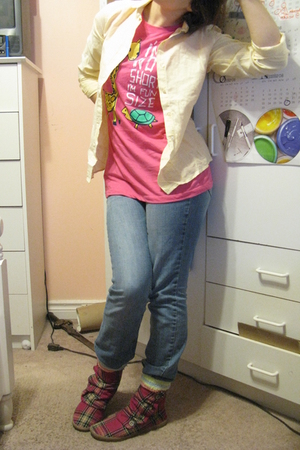 pink Value Village boots - pink Rue 21 t-shirt - yellow vintage shirt
