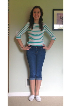 turquoise blue striped Forever 21 top - navy American Rag jeans