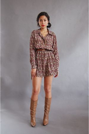 red vintage dress - beige vintage boots - gold Forever 21 necklace - brown vinta