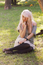 heather gray Zara sweater - cream lace Zara skirt
