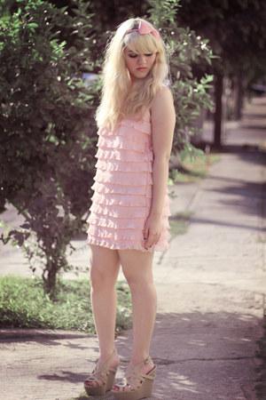 light pink ferriano dress - nude SPEED LIMIT 98 wedges - light pink bow headband