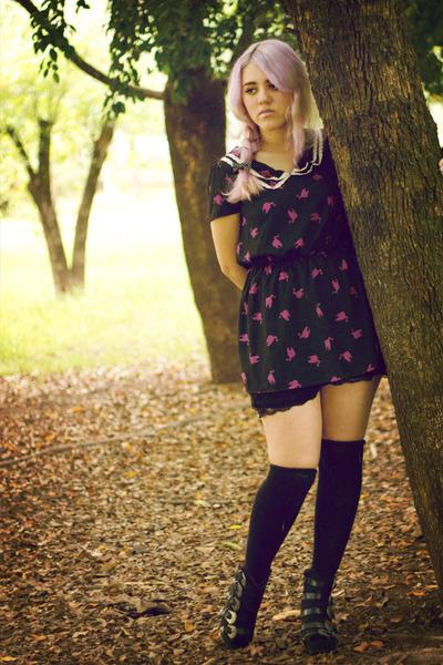 black Privileged boots - black cat print Peppermint dress