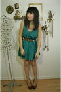 Green-vintage-dress-purple-seychelles-shoes