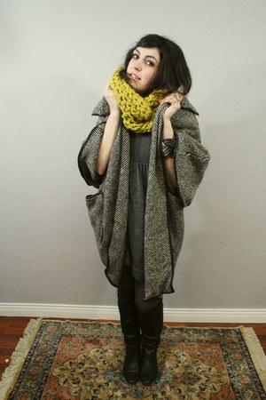 mustard Yokoo Scarf scarf - black Nine West Boots boots