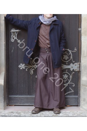 brown menswear cotton bruone skirt - navy H&M jacket