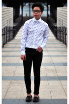black skinny black H&M jeans - white skull print Zara shirt