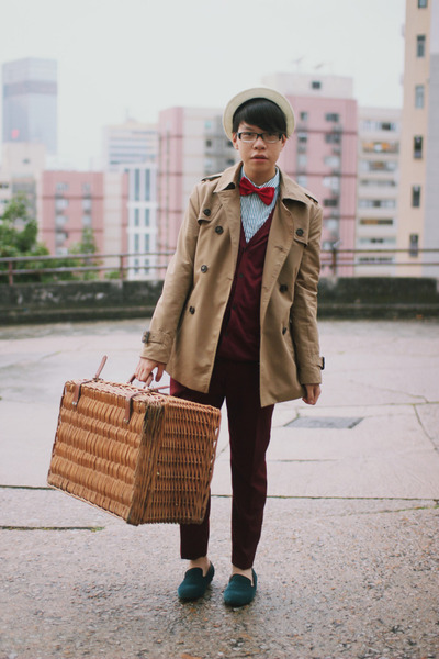 camel trench coat us n them coat - brick red H&M pants