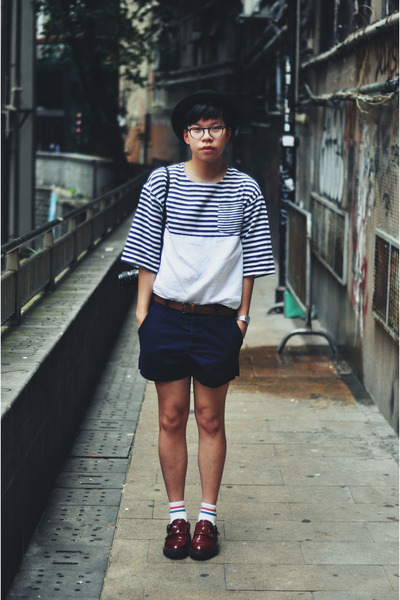 brick red Mugler shoes - navy H&M shorts - white stripes Zara top