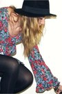 Ruby-red-floral-print-vintage-dress-black-wide-brim-h-m-hat-black-forever-21