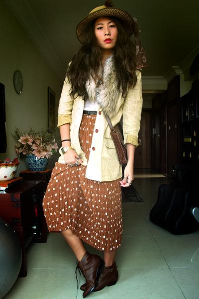 vintage skirt - H&M shoes - vintage hat - vintage blazer - Zara scarf
