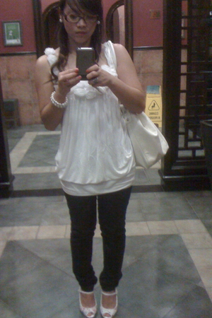 Forever21 blouse - Forever21 jeans - H&M accessories - Aldo accessories - Newloo