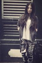 H&M Trend jeans - MINUSEY jacket - H&M Trend t-shirt - Zara heels