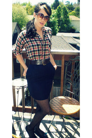 red Pogues blouse - gold Sway necklace - blue unknown brand skirt - black Target