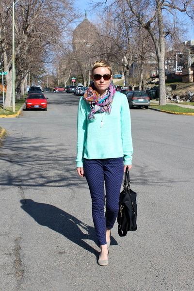 aquamarine sweater - black bag - navy pants - heather gray wedges