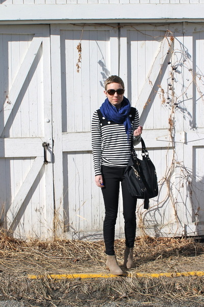 heather gray boots - black sweater - blue scarf - black pants