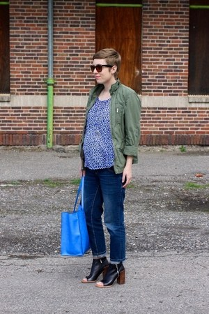 Dolce Vita boots - Gap jacket - Forever 21 shirt - Zara bag - Old Navy pants