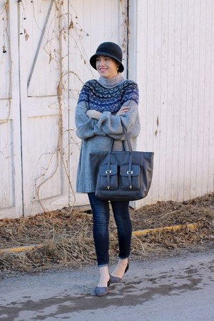 H&M sweater - Old Navy jeans - kling hat - Target bag - TJ Maxx flats