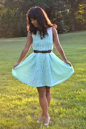 aquamarine Von Maur dress - gold Macys necklace - nude Payless heels