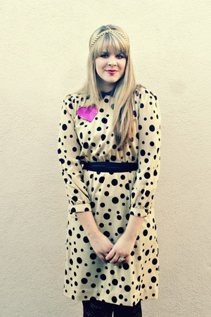 beige vintage dress - black Target tights - black worn as a belt vintage scarf -