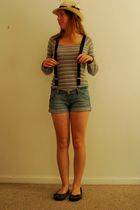 purple bonds shirt - blue shorts - blue accessories - beige Dotti hat - gray Bil