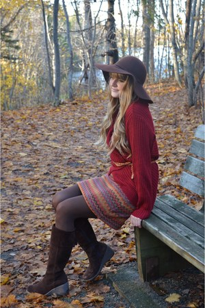 dark brown thrifted boots - dark brown thrifted hat - crimson thrifted sweater
