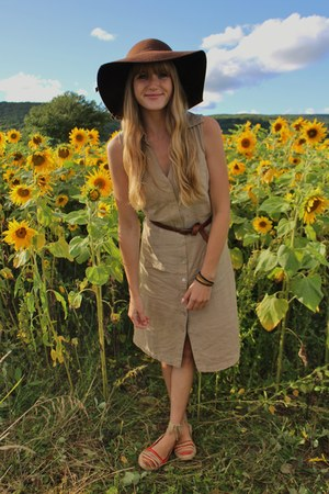 tan thrifted dress - dark brown thrifted hat - red thrifted flats