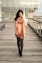 asos scarf - Uniqlo sweater