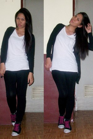 black tights - white t-shirt - black cardigan - black sneakers