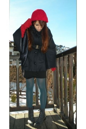 tights - jacket - hat - boots -