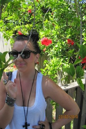 dress - black necklace - black Raybans sunglasses