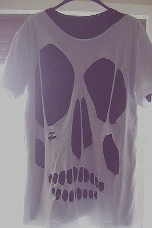 white diy Stradivarius shirt