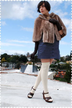 brown coat - brown Kork ease shoes - blue Heritage 1981 dress