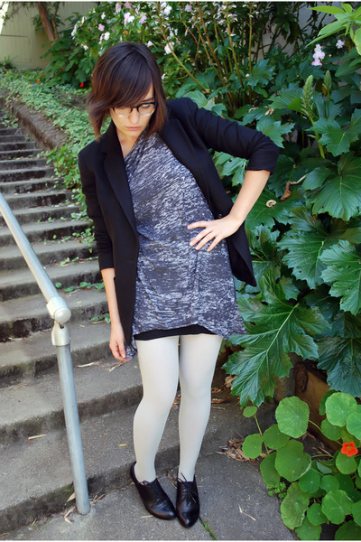 gray dirty violet from urban outfitters shirt - black oxford Aldo shoes