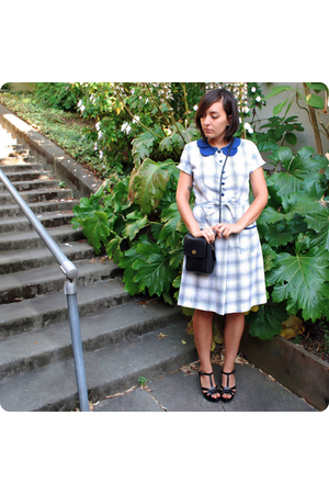 vintage dress - thrifted vintage Coach purse - Star Ling from Nordstrom shoes