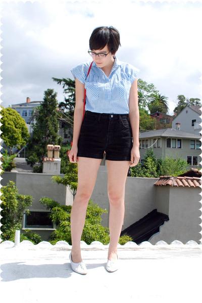 blue blouse - black shorts - white shoes - red purse