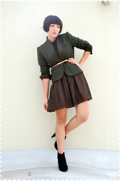 green scalloped vintage sasson blazer - black Payless shoes
