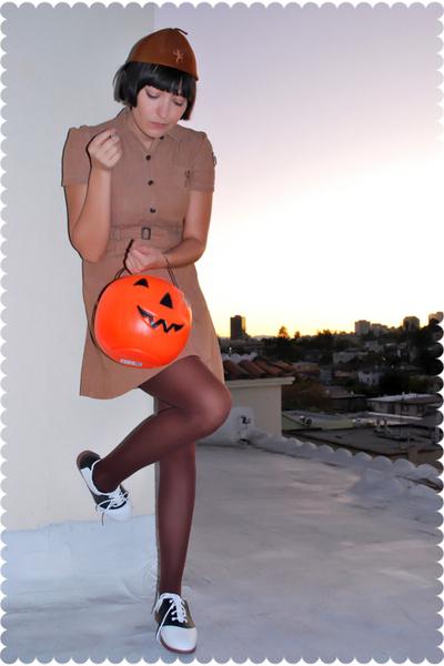 vintage hat - vintage dress - Target stockings - payless shoes