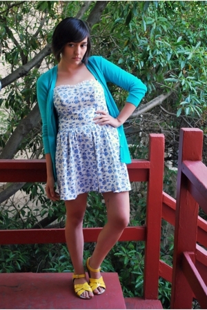 green turquoise caslon from nordstrom sweater - yellow Saltwater Sandals shoes