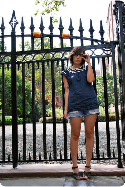 lark & wolff from urban outfitters blouse - vintage levis 501 shorts - Saltwater