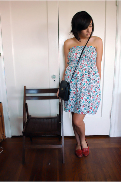 vintage dress - vintage Coach purse - vintage bass shoes
