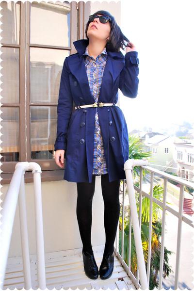 blue H&M coat - blue dress - beige loulou de falaise for hsn belt - black Wolfor