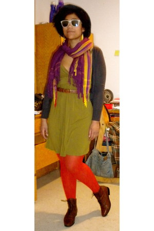 white mountain boots - Forever 21 dress - felt Perry Ellis hat - tights - scarf
