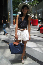 gray Charles & Keith shoes - blue f21 vest - blue bag Long Champ accessories